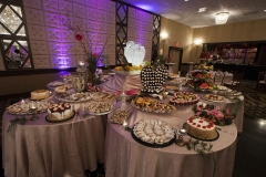 Deluxe Sweet Table